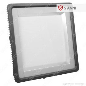 500W LED Floodlight With Meanwell Driver & Lens 5 Years Warranty 6000K